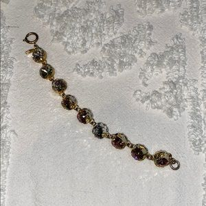 Gold Victoria Lynn bracelet
